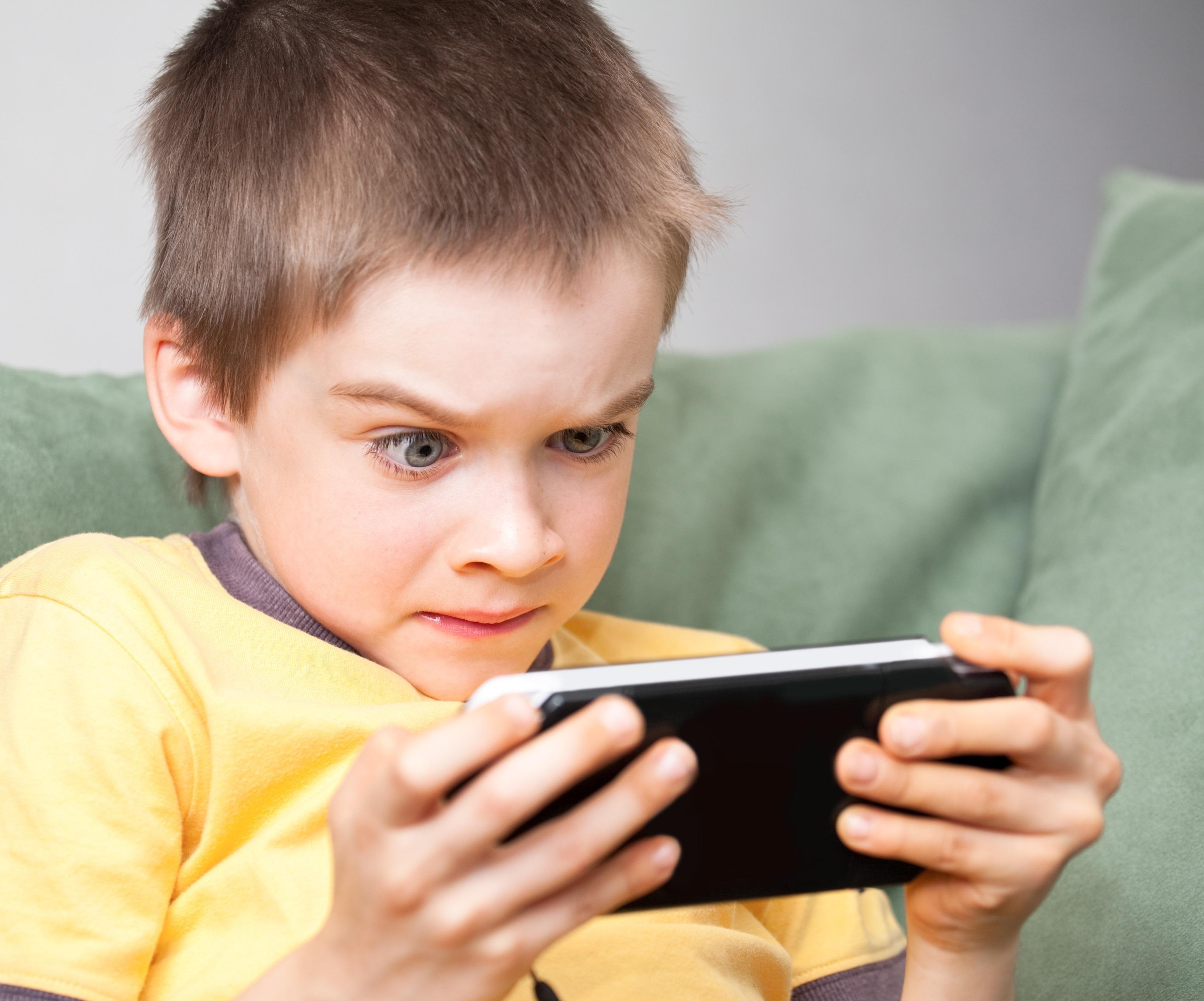 10 Мобильных Игр, Которые Заставят Понервничать на iOS и Android