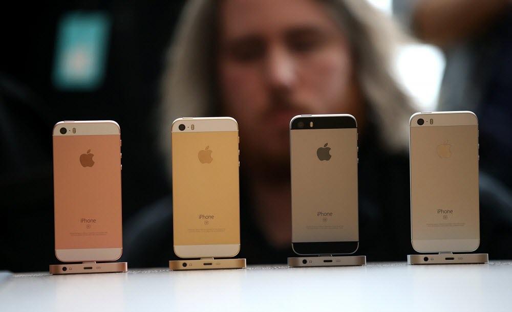 Какой Айфон купить в 2020?